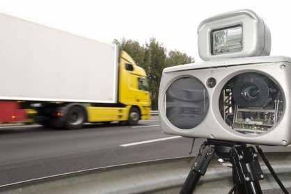 La Dirección General de Tráfico estrena 50 radares indetectables.