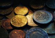 La crisis ha provocado una rebaja de los salarios del 0,7%