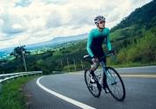 Campaña de la DGT para concienciar del peligro que corren los ciclistas y para fomentar la concienciación de los conductores