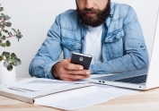 La Seguridad Social habilita que los autónomos puedan gestionar sus trámites también a través del sistema de SMS