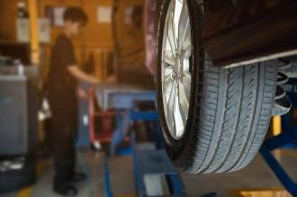La dgt se hace eco en las redes sociales de la mala práctica de instalar componentes falsificados en sus vehículos
